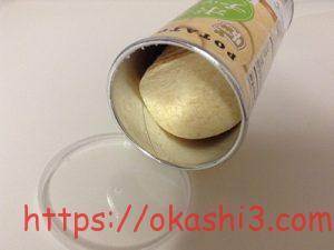 中国産 POTATO CHIPS サワークリームオニオン味 感想