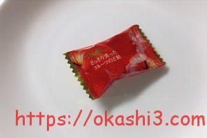 アサヒ どっさり実ったフルーツのど飴 りんご味 個包装 パッケージ