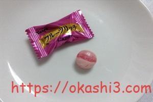 カンロフルーツリッチキャンディの白桃味