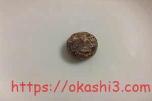 カバヤ沖縄黒飴の見た目とサイズ